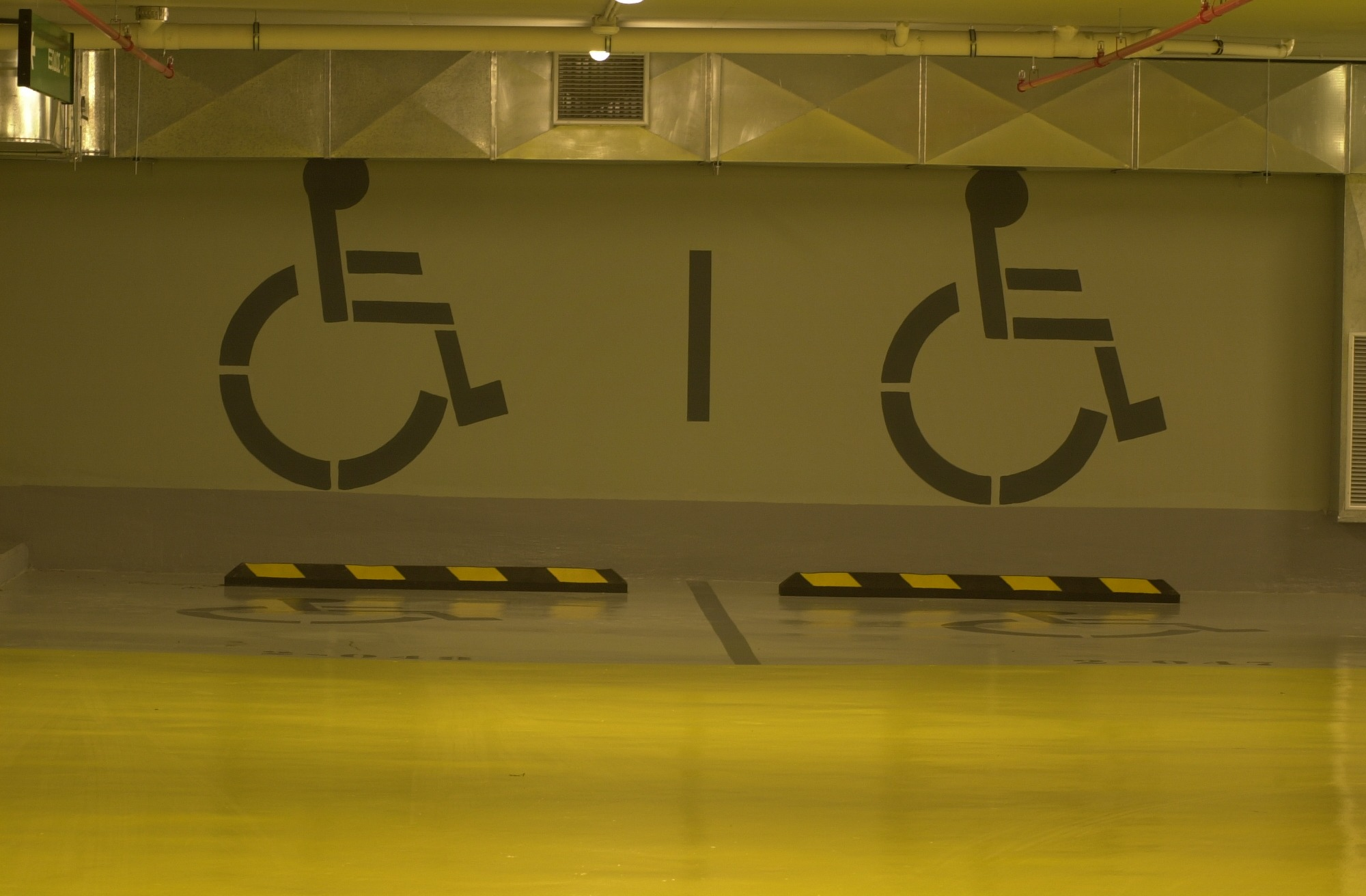 EIΔΙΚΕΣ ΤΙΜΕΣ parking ΓΙΑ ΦΟΙΤΗΤΕΣ, ΑΝΕΡΓΟΥΣ ΚΑΙ ΕΥΠΑΘΕΙΣ ΟΜΑΔΕΣ ΠΛΗΘΥΣΜΟΥ